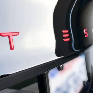 Bilde av Tesla Performance Emblem